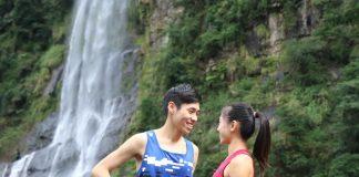 長跑神鵰俠侶陳秉豐和張芷瑄,體驗烏來峽谷馬拉松賽道。