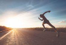 熱愛跑步的人十分勤奮,也樂於自我挑戰,所以談論起訓練、裝備或飲食方面所做的改進,通常都會分享有助於提高運動表現的自我發現。