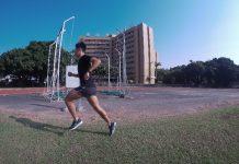 在草地上恢復跑 照片來源:友人拍攝